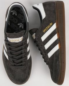 A classic release from 1979 with a rich suede material. We stock more adidas spezial trainers online. Men Fashion, Fashion Shoes, Adidas Spezial, Freemasonry, Suede Material, Football Fans, Grey And White, Style Icons, Adidas Originals