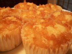 Sandy's Kitchen: Pineapple Right Side Up Cupcakes