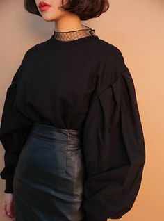 Korean Women's Fashion with new arrivals everyday. We create not just the clothes but the culture, not just cosmetics but the looks. Asian Fashion, 90s Fashion, Hijab Fashion, Fashion Dresses, Womens Fashion, Pretty Outfits, Cool Outfits, Mode Inspiration, Look Cool