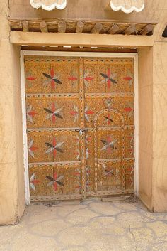 ☆ SAUDI ARABIA ☆ #door #saudiarabia #yellow #ochre