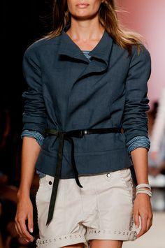 Isabel Marant at Paris Fashion Week Spring 2014 - Details Runway Photos Denim Fashion, High Fashion, Paris Fashion, Isabel Marant, Gabrielle Bonheur Chanel, Mode Jeans, Spring 2014, Summer 2014, Photos Du