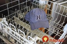 There's an easy trick for how to wash a hat, without ruining its shape, all you need is some vinegar and a dishwasher. This tutorial will tell you how to pretreat and wash your hats. How To Clean Hats, How To Wash Hats, Me Clean, Clean Freak, Cleaning Recipes, Diy Cleaning Products, Cleaning Hacks, Wash Baseball Cap, Baseball Hats