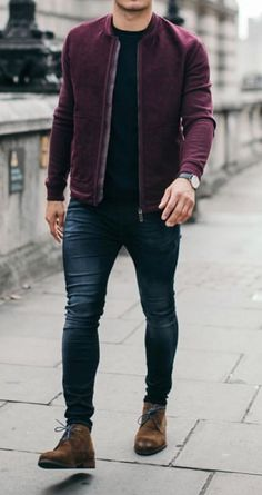 Men fashion casual 471118811017438210 - Should a guy combine black and brown, his belt with his shoes, or the color of his socks with his suit? Is it wrong for a guy to wear floral motifs in his clothing and mix different patterns? Casual Mode, Men Casual, Casual Wear For Guys, Elegant Casual Men, Mens Casual Wedding, Casual Winter, Stylish Mens Outfits, Casual Outfits, Casual Shoes