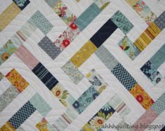 Here's another baby quilt. Best reason in the world for making quilts! I made this one for my cute friend Bridgett who j. Tree Quilt Pattern, Quilt Block Patterns, Quilt Blocks, Quilt Baby, Jellyroll Quilts, Scrappy Quilts, Quilting Designs, Quilting Projects, Quilt Design