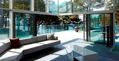 Great open-corner sliding patio door from Reynaers used by architect Tania Urvois in her Britanny project.