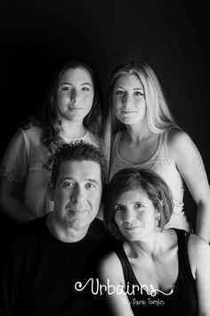 Family portrait with one strobe and soft box