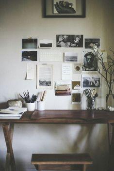 .minimal Desk Idea Office Decor, Cozy Office, Workspace Desk, Small  Workspace,