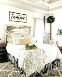 Gorgeous Rustic Farmhouse Bedroom Decor Ideas – Best Home Decorating Ideas Farmhouse Master Bedroom, Master Bedroom Design, Home Decor Bedroom, Bedroom Ideas, Bedroom Designs, Bedroom Furniture, Bedroom Size, Master Suite, Furniture Decor