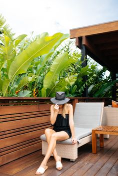 Blogger, Eat Sleep Wear shares her dreamy trip to Maui and her fab holiday wear