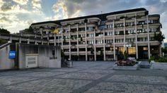 New town/city hall Linz Urfahr Mansions, House Styles, Home Decor, Linz, City, Decoration Home, Manor Houses, Room Decor, Villas