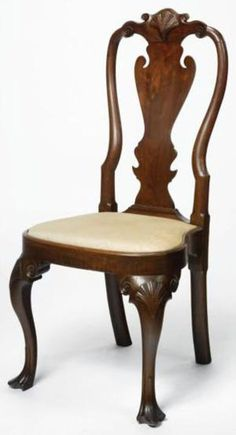 3 Definitive Queen Anne Furniture Examples: The Hogarth Chair