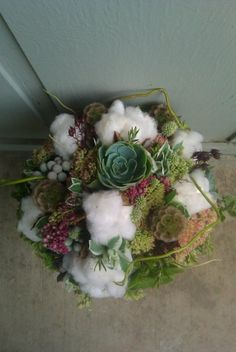 cotton and succulence wedding bouquet