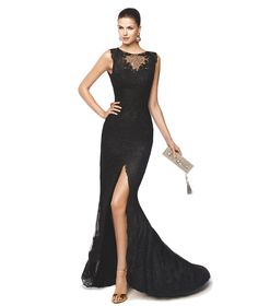 Vestido de fiesta negro con apertura en la falda Modelo Nina - Pronovias 2015