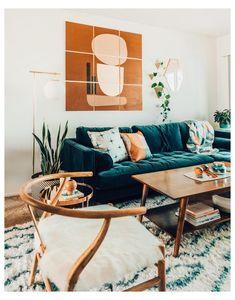 Blue Velvet Sofa Living Room, Teal Living Rooms, New Living Room, Living Room Designs, Teal Sofa, Blue Couches, Living Room No Couch, Teal Living Room Furniture, Teal Velvet Sofa