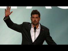 'America Is the Light': Marcus Luttrell Chokes Up, Briefly Abandons Teleprompter During RNC Speech | Video | TheBlaze.com