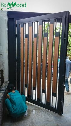 8 Trusting Clever Tips: Fence And Gates Doors glass fence backyard.Fence Art For Kids double fencing gate. Steel Gate Design, Front Gate Design, Main Gate Design, House Gate Design, Door Gate Design, Gate Designs Modern, Modern Landscape Design, Modern Landscaping, Modern Design