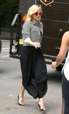 Kate Hudson Photos Photos  Kate Hudson Steps Out in New York c3869d41d9
