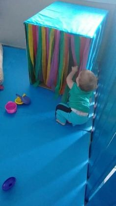 Sensory wall on the floor - - Baby Sensory Play, Sensory Wall, Baby Play, Baby Toys, Kids Toys, Sensory Boards, Activities For 1 Year Olds, Toddler Learning Activities, Montessori Activities