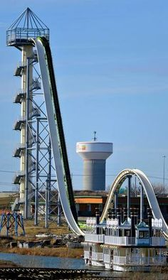 Verrückt, the world's tallest and fastest water slide, is taking shape at Schlitterbahn - KansasCity.com