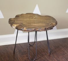 Would be a great plant stand!   diy small rustic stool with diy hairpin style legs mountainmodernlife.com