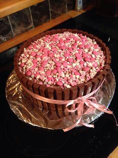 Dåpskake! Sjokoladekake med kvikklunsj