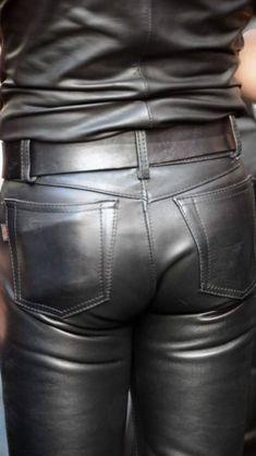 Kerls in Leder Black Leather Jacket Outfit, Skinny Leather Pants, Mens Leather Pants, Leather Blazer, Leder Outfits, Outfits Damen, Motard Sexy, Leather Fashion, Men's Pants