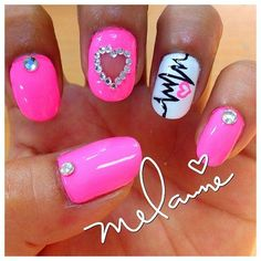 100 Nurse Nail Designs Inspired by the Medical Profession #naildesignideaz #naildesign #nailart #nursenaildesign #nursenails ♥ If you enjoyed my pin, pls visit us at http://naildesignideaz.com/ ♥