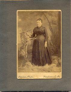 Victorine Berlioz      Llegó a Comayagua con el revuelo del ferrocarril. Mujer trabajadora y hacendosa, pronto amasó fortuna y aprecio e...