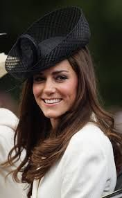 Risultati immagini per cappelli di principessa kate