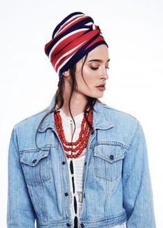 Gucci Ready-to-Wear Turban in Striped Red/White/Blue Matching the necklace colour is a neat trick. K x