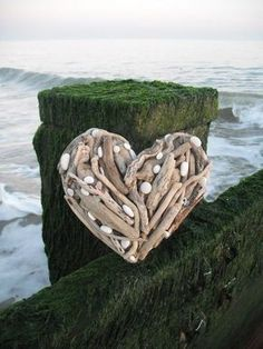 drift wood and pebbles craft