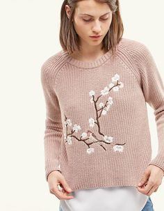 At Stradivarius you'll find 1 Embroidered jersey for woman for just 3290 Serbia . Visit now to discover this and more CLOTHING.