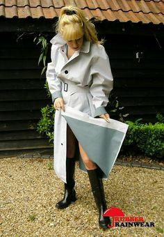 Mackintosh Raincoat, Long Leather Coat, Equestrian Chic, Rubber Raincoats, Pvc Raincoat, Rain Jacket Women, Heavy Rubber, Rain Gear, Weather Wear