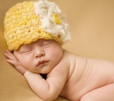 Photography tips for taking great baby photos - let sleeping babies lie #peartreegreetings #babyideas #photoideas