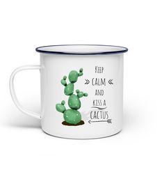 Kakteen liegen voll im Trend und dürfen einfach nirgendwo mehr fehlen. #kaktus #geschenkidee #kakteen #geschenk  tolle Emaille-Tasse mit Spruch Amazing Gardens, Beautiful Gardens, Cactus, Plaid Wallpaper, Round Candles, Paint Color Schemes, Happy Paintings, Keep Calm, Better Together
