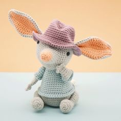 Mesmerizing Crochet an Amigurumi Rabbit Ideas. Lovely Crochet an Amigurumi Rabbit Ideas. Easy Crochet Patterns, Amigurumi Patterns, Amigurumi Doll, Doll Patterns, Knitting Patterns, Crochet Dolls, Crochet Hats, Crocheted Toys, Easter Bilby