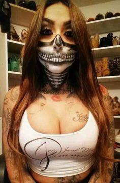 Skull bandana makeup