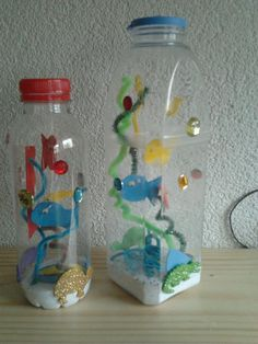 The post Aquarium met een plastic fles. appeared first on Knutselen ideeën. Ocean Crafts, Fish Crafts, Bottle Art, Bottle Crafts, Summer Crafts, Diy Crafts For Kids, Kids Room Art, Art For Kids, Diy Niños Manualidades