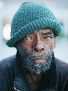photosbyiki. contact. down & out. a portrait of homeless people in and around santa monica, california.