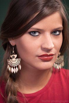 Model: Suzan De Bruin Photographer: Bram Van Dal   #beauty #lovely #female #model #Green #Red #zwart #wit #studio #Bram #van #Dal #bvdbv #photographer #photo #shoot #Filmnoir #portrait #portret #eye  #eyes #headshot #shoot #close-up #closeup #Eindhoven #city