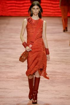Akris Fall 2016 Ready-to-Wear Fashion Show Winter orange in Kenia