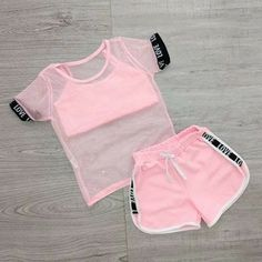 Cute Lazy Outfits, Cute Swag Outfits, Kids Outfits Girls, Girls Fashion Clothes, Sporty Outfits, Teen Fashion Outfits, Teenage Girl Outfits, Trendy Outfits, Crop Top Outfits