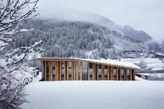 Completed in 2016 in Les Houches, France. Images by Michel Denancé, Kengo Kuma & Associates, CAUE / Béatrice Cafieri. Les Houches is a small village situated in the French Alpes, close to one of its most important peaks, the Mont-Blanc. The aim was to integrate as...