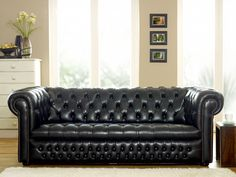 The Best Black Chesterfield Sofa? - The Chesterfield Company Furniture, Black Leather Sofas, Black Leather Chesterfield Sofa, Sofa, Stylish Sofa, Modern Living Room Interior, Sofa Home, Elegant Living Room Furniture, Chesterfield Sofa Design