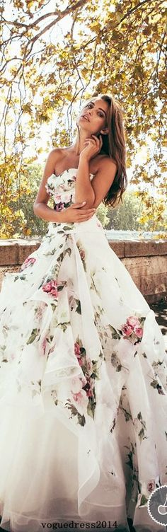 this is so pretty, i highkey want to wear it at my wedding
