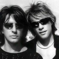 Jon & Richie - another fav Jon Hair style and love those shades on the both of them!