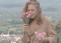Kathleen Turner Romancing the Stone | read somewhere that a remake of the film is scheduled to be released ...