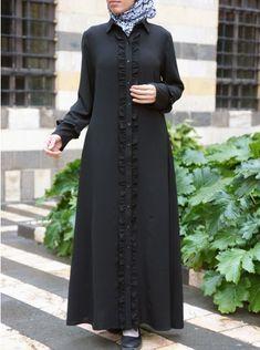 SHUKR's long dresses and abayas are the ultimate in Islamic fashion. Abaya Fashion, Modest Fashion, Women's Fashion Dresses, Muslim Women Fashion, Islamic Fashion, African Lace Dresses, Abaya Designs, Muslim Dress, Islamic Clothing