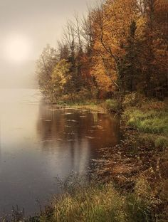 """radivs: """" Kent Pond, Vermont by Magda Bognar """" ☽♡☾ Pagan, Viking, Nature and Tolkien things ☽♡☾ Beautiful World, Beautiful Places, Beautiful Pictures, Beautiful Nature Scenes, Pictures To Paint, Nature Pictures, Autumn Photography, Landscape Photography, Landscape Art"""