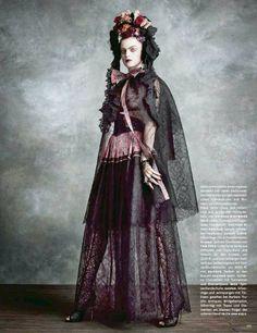 Frida Kahlo style in German Vogue